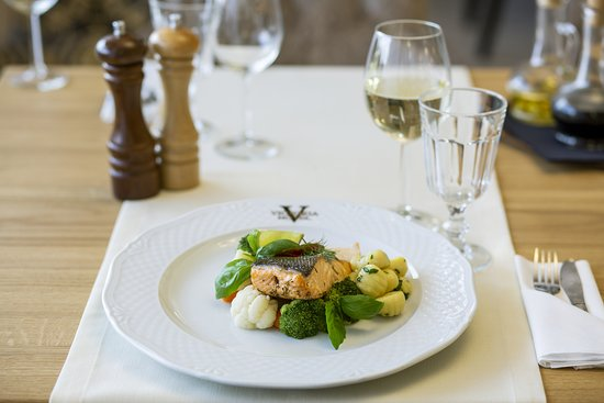 Bolszewo, Polska: Salmon with vegetables and gnocchi.