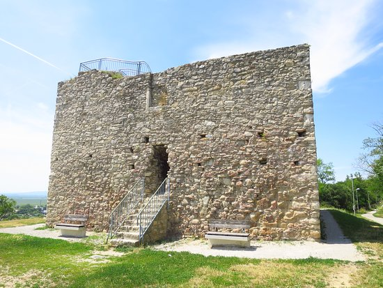 Ruine Tabor in Neusiedl am See