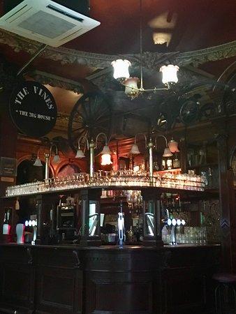 Bilder von The Vines – Fotos von Liverpool - Tripadvisor