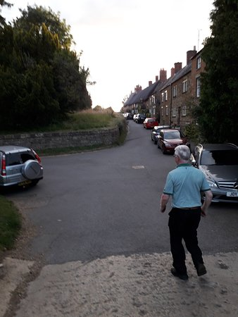 Cropredy, UK: On the way to a great pub.