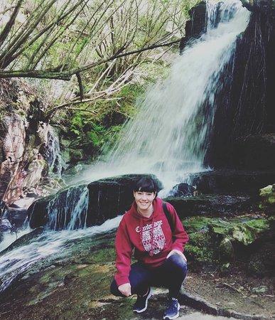 Bembrive, Hiszpania: Ruta Rio Eifonso Preciosa ruta de senderismo al lado de Vigo muy bien cuidada y con cascada de agua. Ideal para ir una tarde