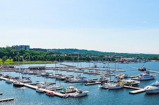 Burlington Harbor Marina
