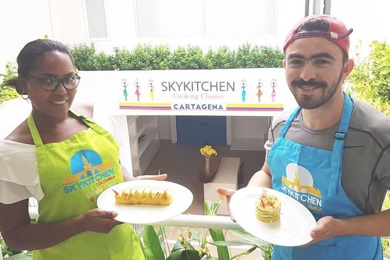 ‪SkyKitchen Cooking Classes‬