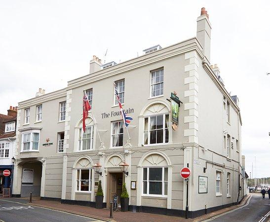 The Fountain Inn Hotel