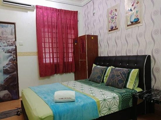 Ketereh, Malaisie : masterbedroom niks homestay