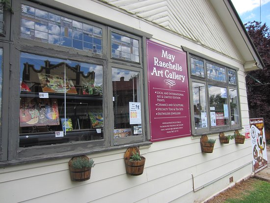 May Raechelle Art Gallery
