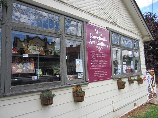 May Raechelle Art Gallery