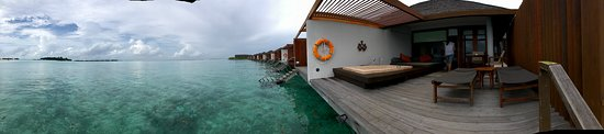 Lankanfinolhu Island: The view