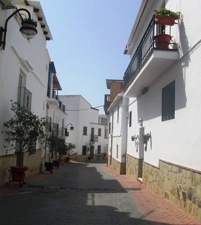 La Vinuela, Spanje: Calle del centro