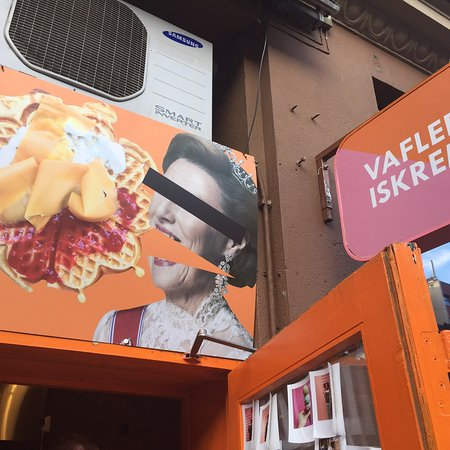 Go to Haralds Vaffels!