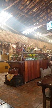 Matozinhos, MG: Buffet de Saladas e Sobremesas do restaurante da Estância Panela de Pedra.