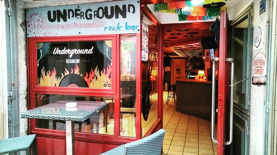 ‪Underground Bar & Record Shop‬