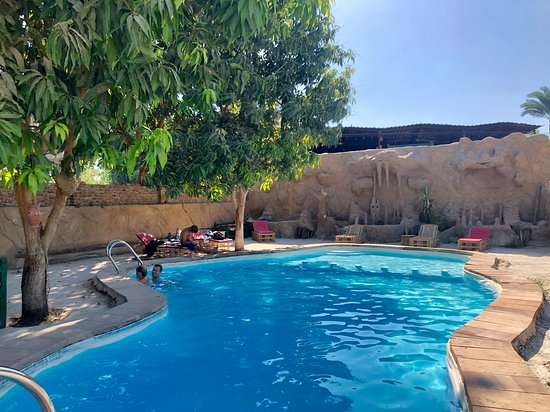 Al Baeirat Hotel, hoteles en Luxor