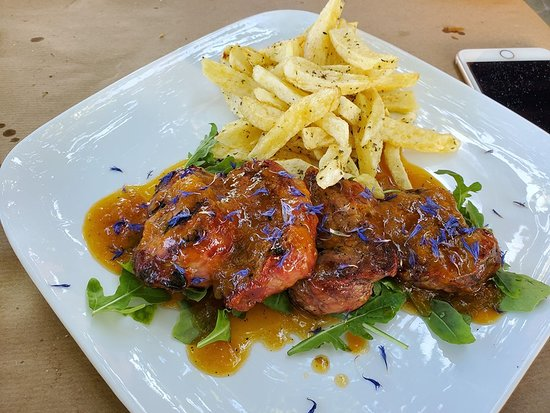 Φαλατάδος, Ελλάδα: Grilled Pork Tenderloin with Apricot Marmalade