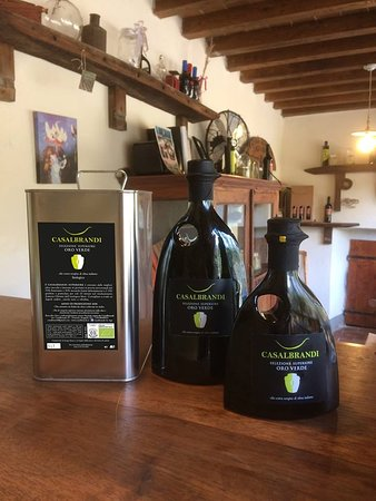 Organic extravirgin olive oil