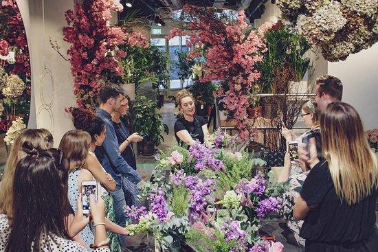 Moyses Stevens Flower School