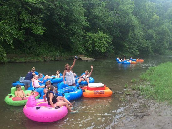 Cassville, Wisconsin: Floating the Grant River!