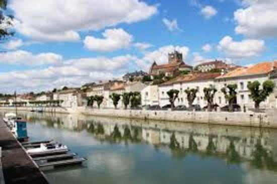 Saint Savinien sur Charente, Francja: La Charente