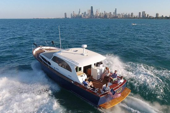 Chicago Classic Boat Charters
