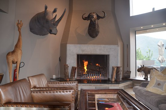 Bush Villas Botlierskop: Lobby Main Lodge