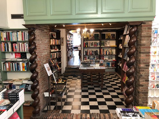 H De. Vries Bookstore
