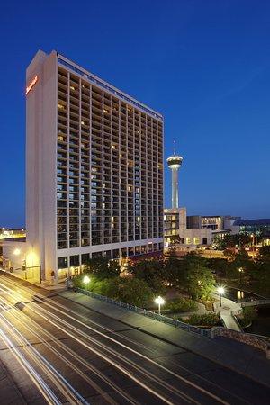 San Antonio Marriott Riverwalk 135 ̶1̶7̶6̶ Updated