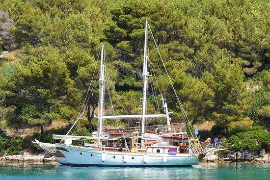 Kornati-Segeltour mit Mittagessen und...