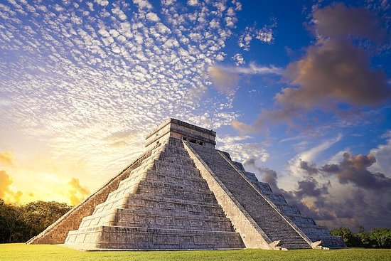 Day Trip to Chichen Itza, Valladolid...