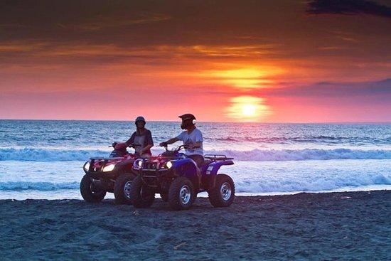 ATV-Quad Santorini Sunset Tour y...