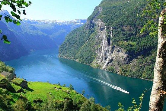 Geirangerfjord Fantastic Fjord Cruise