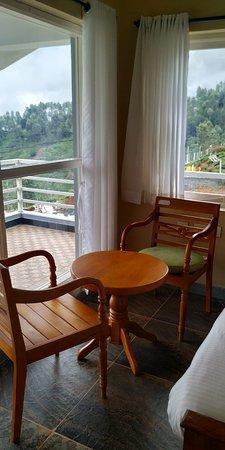 V Resorts Kotagiri Villa: Pristine View from Room