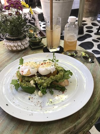 Heerlijk eten en mooie binnentuin