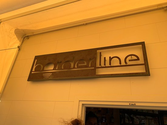‪Borderline Cafe‬