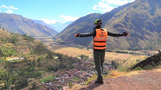 Taray, بيرو: Mirador de Taray, una vista especial hacia el Valle Sagrado de los Incas y el rió Vilcanota. Taray viewpoint, a special view of the Sacred Valley of the Incas and the Vilcanota river.