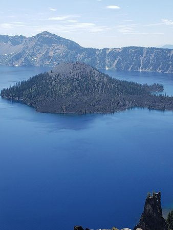 Crater Lake Terrain Rendered - Mariagegironde