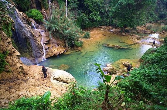 Hoa Binh Province, Vietnam: Thac Mu, Hoa Binh is a new place on the Vietnam tourist map, but by the same pristine beauty as the 'Milky Way between the Truong Son Mountains' every waterfall season, this place is always full of attraction. followers.