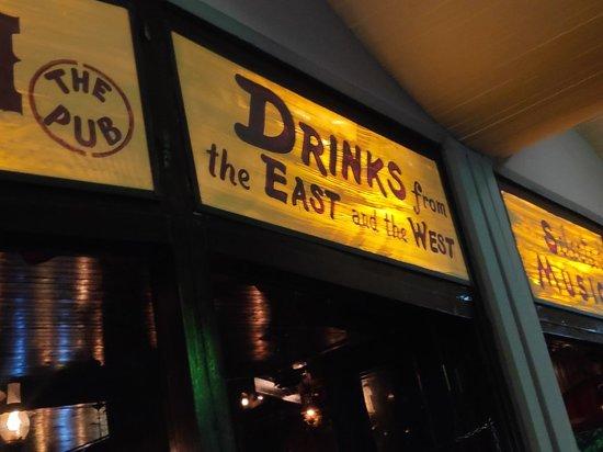 Saloon the Pub