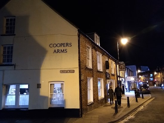 ‪The Coopers Arms‬