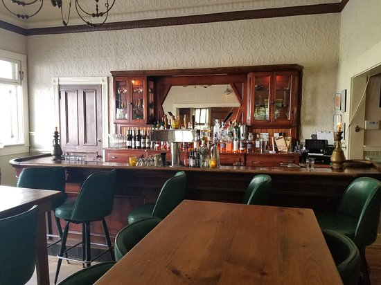 North Branch, NY: Classic bar