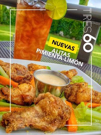 Nuevo Casas Grandes, México: Deliciosas y crujientes alitas de pollo sazonadas con nuestra NUEVA receta Pimienta-Limón. Pruébalas también en sus versiones BBQ o Búfalo. 🍗🐥