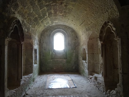 Crypte de l'Abbaye Saint-Medard