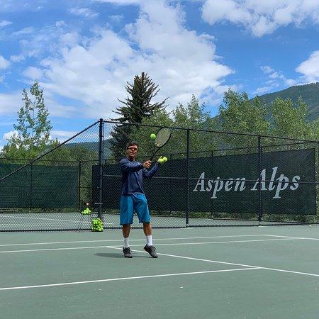 Kevin Arias Tennis