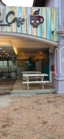 Skull beach cafe