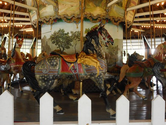 Pen Argyl, PA: The angel on the horse's shoulder on the Weona Park carousel suggests a later time (after 1902) in the Dentzel factory.  The horse itself may date to the 1890's.