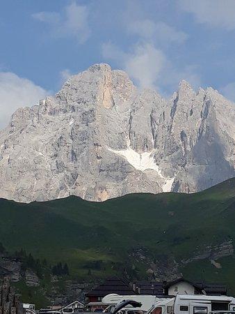 Passo Rolle, إيطاليا: Panorama Dolomitico del Passo Rolle.