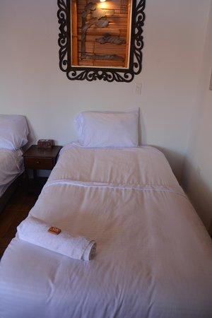 Sutamarchan, โคลอมเบีย: Habitación Triple: 1 cama doble, 1 cama sencilla.