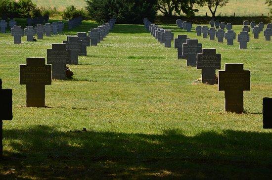 Recogne (Bastogne), Bélgica: graven