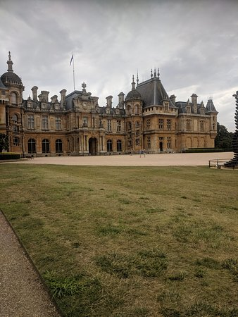 Фотография Waddesdon Manor - A Rothshild French Chateau Estate In England Private Tour