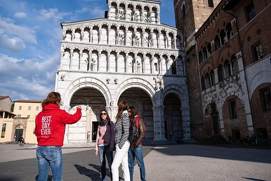 Private Lucca - Flavours of Lucca Morning Food Tour Including Authentic Local Treats