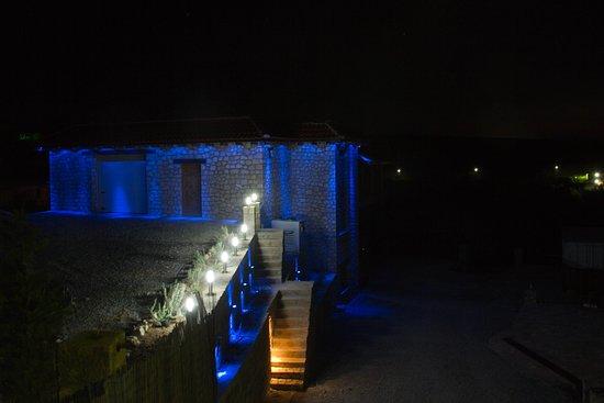 Trilofo, Griekenland: Domaine Florian by night